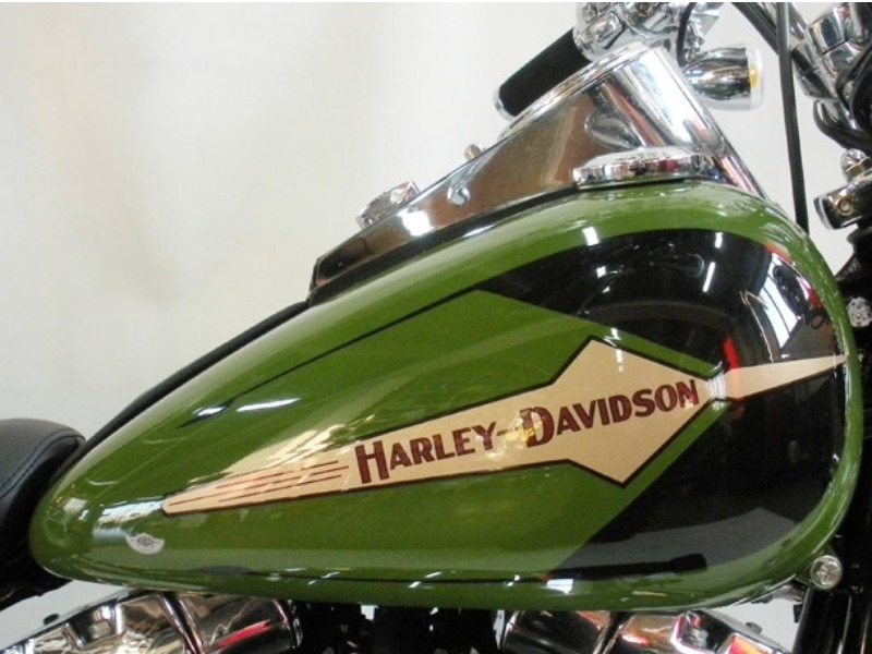 HARLEY DAVIDSON HERITAGE SPRINGER (FLSTSI) 30° YEAR STILE