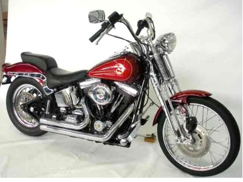 HARLEY DAVIDSON SOFTAIL SPRINGER (FXSTS)